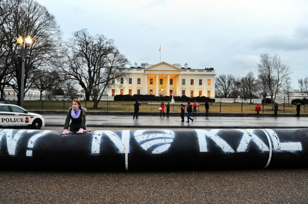 Keystone XL protest in front of the White House.  Source: National Geographic,.  Photographer: JEWEL SAMAD, AFP/GETTY